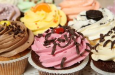Baker makes 102,000 cupcakes after Groupon offer