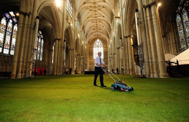 Grass laid in York Minster