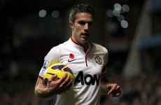 Van Persie sidelined for Netherlands clash with thigh injury